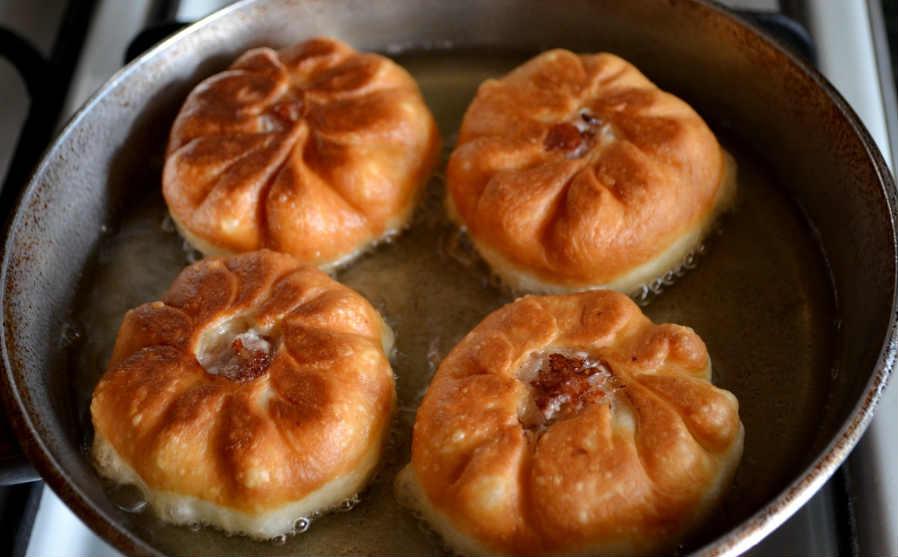 Беляши рецепт с фото пошаговый на сковороде на воде