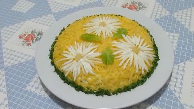 10salat s ananasami
