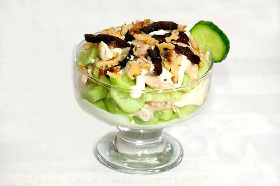 etsept-salata-damskiy-kapriz