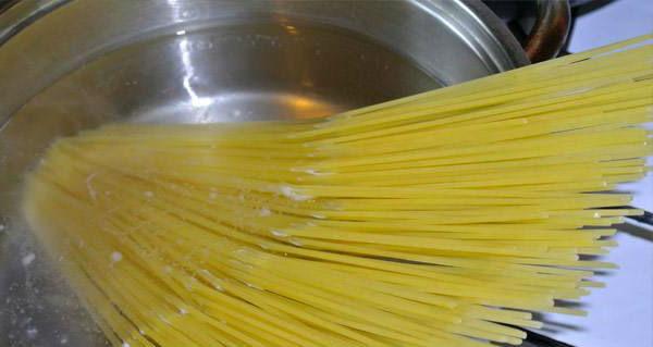 1spagetti_s_pomidorami