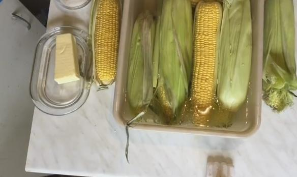 1pochatki kukuruzu
