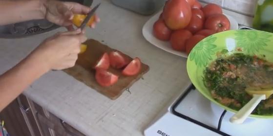 3rezem pomidoru