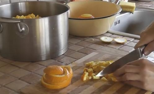 4rezem apelsinu