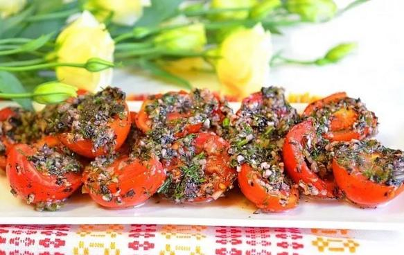 pomidori po koreysku