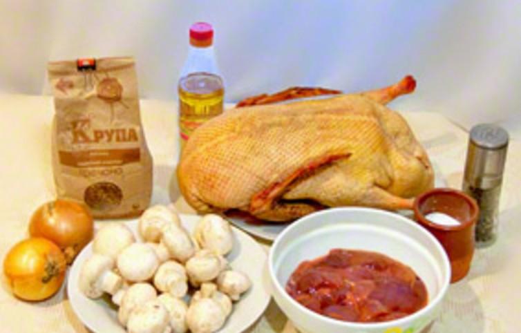Как вкусно приготовить утку в духовке целиком