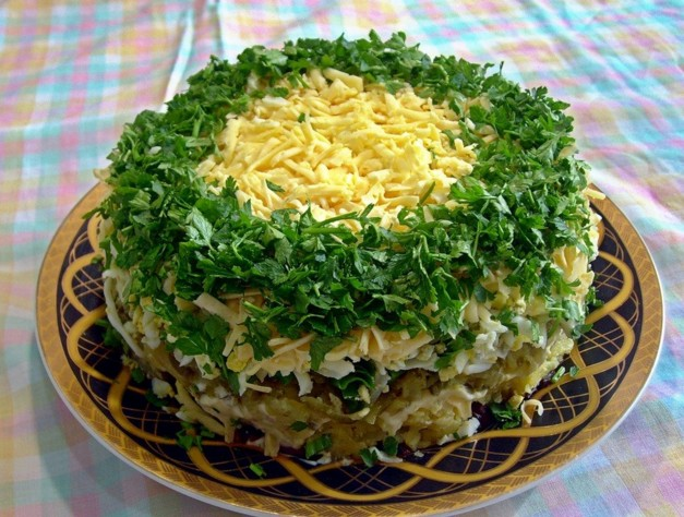 Салаты с грибами и курицей: очень вкусные 10 простых рецептов