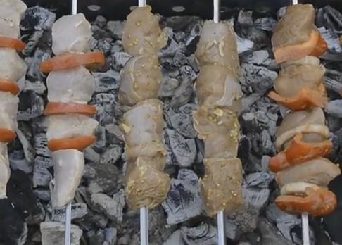 Шашлык из индейки и самый вкусный маринад, чтобы мясо было мягким